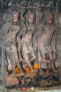 सरस्वती मंदिर की आकृतियां